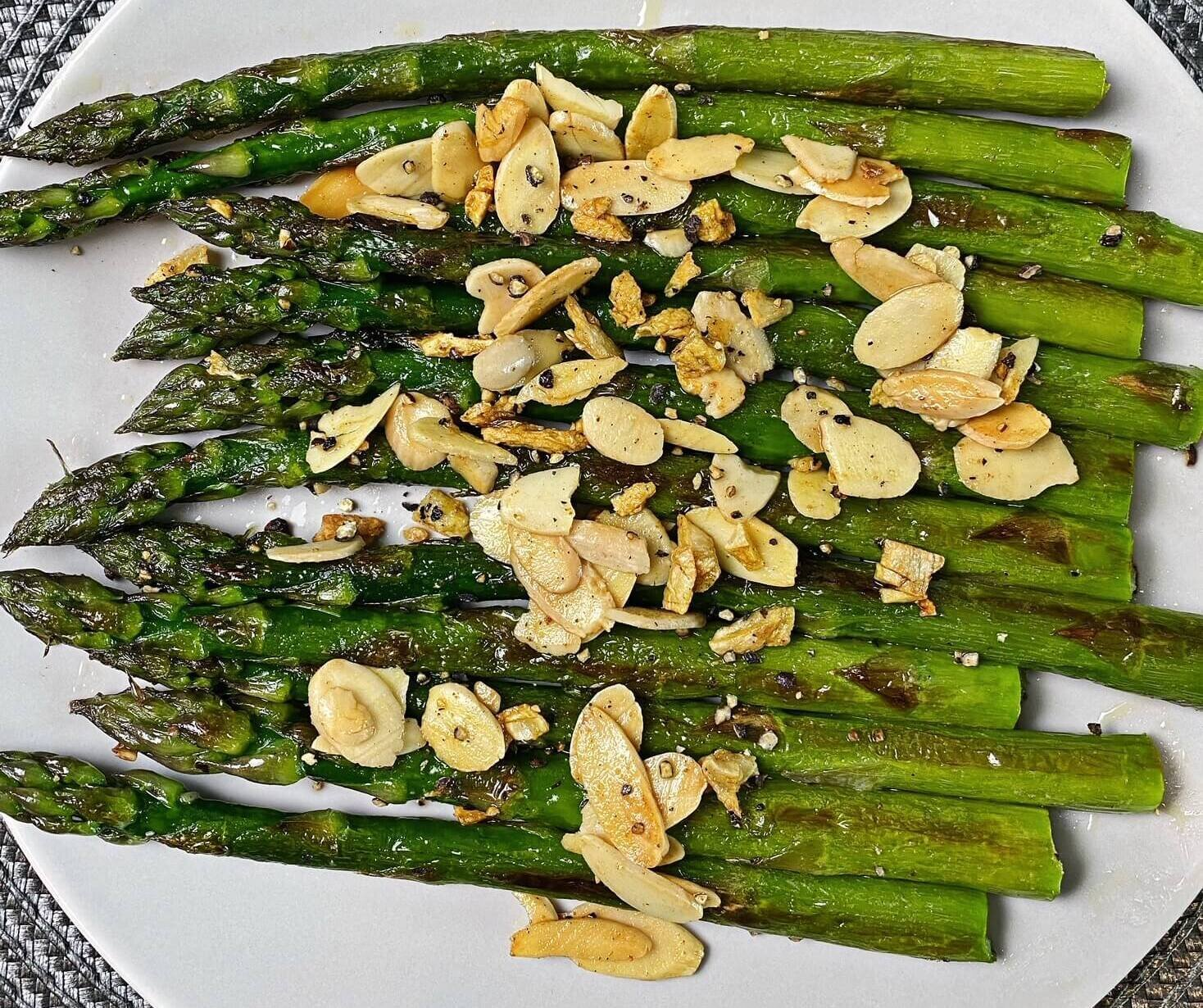 sauteed asparagus with almonds